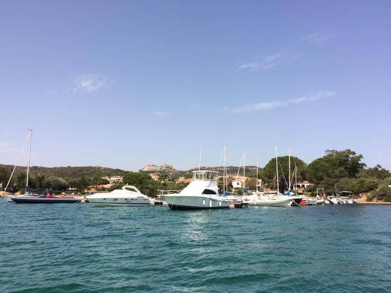 Ormeggia la tua barca a Cannigione